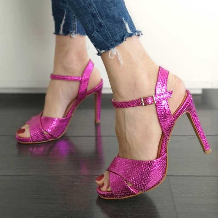 pantofi-roz-cu-toc