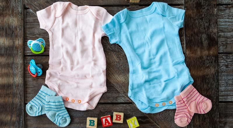 alegerea hainelor de bebelus